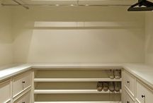 Walk-in closet / Inspiration for my walk-in closet