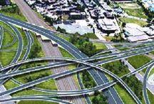 ponts - échangeurs / On réussi à construire un amphithéâtre à la fine pointe de toutes les connaissances actuelles pour 400 millions $  et on voudrait nous faire croire qu'il en coûterait plus cher de construire un échangeur pour entrer ou sortir d'un pont.