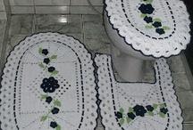 Jogo de banheiro / by Vera Lucia Simplicio