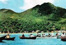 Seychelles Album / its an Island in Indian Ocean covered with bluish water and illustrious greenery around.
