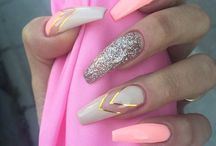 Manichiura | Unghii | Nails / Manicure and nail construction news. Noutati despre unghii false si manichiura