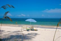 Discover Naples, FL: Rentals, Family Travel Ideas / Experience Naples, Florida. Lush landscaping, subtropical climate and average year-round temperature of 75 degrees during your relaxing, dream vacation. Find places to go, Naples vacation rentals, things to do, great food and more! https://www.itrip.net/destinations/fl#Naples