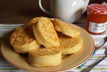 English crumpets (yum)