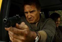 Machine Gun Liam / Liam Neeson really loves guns