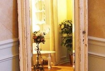 Mirrors / Lustra