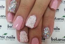 anixi nails