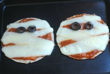 Halloween Pizzas / Seriously. Funny, creative ways to make a pizza for Halloween!
