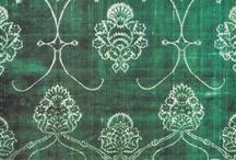 Design history /  Textiles - 14-18th century / .