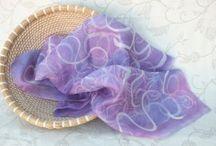 Hedvábí, hedvábné šály, šátky, sukně / hedvábí, elegance, kvalita, móda