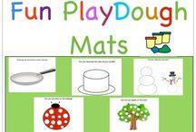 Playdough mats printables / Διάφορες εκτυπώσιμες καρτέλες για να παίξετε με την πλαστελίνη