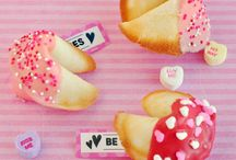 Holidays - Valentine's Day / Valentine's Day Food, Party, and Decorating Ideas
