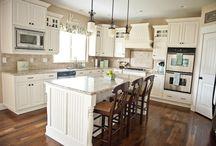 Mom's kitchen ideas / by Crystal Kruml Hoadley