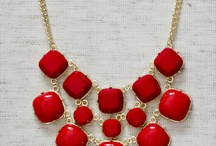 Chunky Necklaces / by Corina Kropp