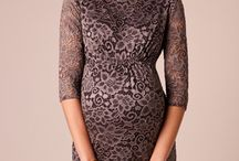 2017 Maternity Style / Explore the current collection of maternity occasion wear from www.tiffanyrose.com.  Stylish maternity wear from maternity cocktail dresses to fabulous maternity occasion wear for red carpet occasions. Shop short maternity gowns, maxi maternity dresses and short maternity occasion wear to add sophistication to your pregnancy wardrobe for every social event.