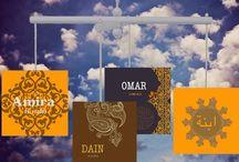 Oosterse geboortekaartjes / Ontwerp je geboortekaartje met Oosterse tinten en Arabische tekens bij Kaart Op Maat.
