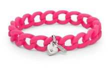 Bracelets & Bangles / Bracelets & Bangles