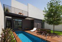 Casas Adosadas / Proyectos de viviendas unifamiliares que han sido construidas adosadas a otras edificaciones.