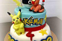 Pokemon Cake / Il tema di quest'anno erano i Pokemon per Alessandro ... piccoli mostricciattoli che combattano con armi strane... abbiamo cercato di rendere la torta allegra e colorata e di inserire i suoi personaggi preferiti Oshawott, Pikachù sul topper accompagnato dalla Pokeball... Auguri Alessandro www.torteamorefantasia.com #Pokemon #Cake #Torte #Decorate #castelli #Romani Torte Amore & Fantasia
