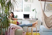 Идеи за уютен и компактен дом / С доза въображение и малко усилия, дори и най-малкият апартамент може да придобие индивидуалност и да се превърне в прекрасно място за цялото семейство - за почивка, за работа, за игри, за хапване, за спане… И какво ли още не.