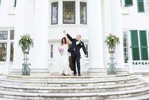Oak Ridge Estate Wedding, Arrington, Virginia / Oak Ridge Estate is a mansion wedding venue in Arrington, Virginia. The historic wedding venue impressed through its grandeur and architectural details.
