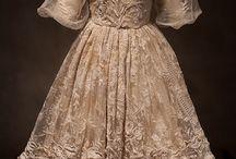 antique dolls / stare panenky_dress