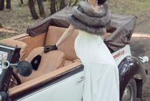 Retro Wedding / Retro – это стиль, обращенный к модным направлениям прошлого века. Стиль Ретро нашел отражение, прежде всего, в: музыке, автомобилях, интерьере и одежде.