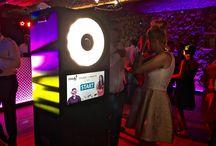Fotobudka Epic Events / Moja Tablica przedstawia realizację zdjęć podczas wynajmu Fotobudki na wesela, studniówki, imprezy firmowe, eventy, imprezy okolicznościowe.