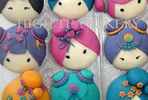 Cupcakes Personnages  / by Audrey Baba