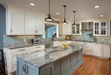 Dublin Transitional Kitchen / This gorgeous transitional kitchen remodel is the perfect space for entertaining.