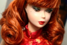 Barbie-dolls / by Marian Van der Heemst
