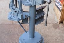 Bench vise and anvil stand
