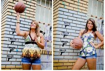 Senior picture ideas / by Candice C-Shel32