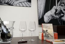 """Un anno di...gioia! / 22 novembre 2013 - Il primo anniversario dalla pubblicazione di """"Immagina la gioia"""", festeggiato da Vittoria con i sui lettori presso l'Enoteca letteraria SalentuSole."""