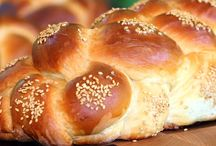 Breads / by Nichole Riley-Doud