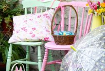 Easter decorating ideas / Flowers, Easter Eggs and bright spring time colours - it's time to get decorating for Easter!