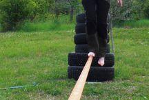Slacklining at Agricamp Picobello / Probeer over een slechts 5 cm. en 12 mtr. lange band te lopen.