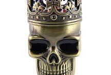 Skull and skeleton - Koponya művészet / A koponyák és csontvázak térhódítása a művészetekben