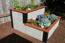 Unique Designs & Custom Raised Beds / Don't see a standard bed that meets your needs.  Just ask!  We manufacture all our Durable Greenbed raised bed panels in our Oregon plant so we can create unique designs and configure them to meet your specific garden needs.