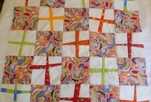 Modern Quilt Exploration / I'm intrigued by the use of negative space, bold colors, current fabrics and the freedom in modern quilt artistry.