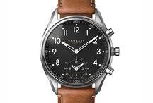 KRONABY SWEDEN Connected Smartwatches / KRONABY SWEDEN Connected Smartwatches Έξυπνα κλασικά αναλογικά ρολόγια από τη σουηδική εταιρεία KRONABY που αλληλεπιδρούν με το κινητό σας τηλέφωνο μέσω Bluetooth και σας προσφέρουν χρήσιμες λειτουργίες και ενδείξεις. Connected. Not Distracted.