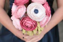 Lovely Flowers / by Jennifer Diaz