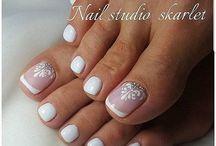 Nails 2 (toenails)
