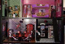 Barbie house renovation