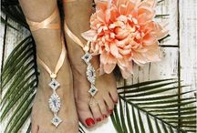 Peach Wedding Styles / Just Peachy! Lovely peach inspired wedding ideas, fashion, accessories and decor.