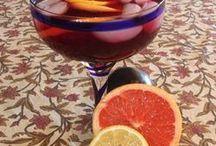 Drinks / by Lucy Machado