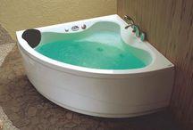 Hjørnebadekar / Her finder du hjørnebadekar i forskellige designs og størrelser. Du kan se hele vores udvalg af hjørnebadekar her:http://www.spacenteret.dk/category/hjoernebadekar-133/