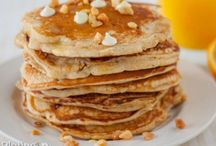 Breakfast / Delicious breakfast ideas–pancakes, cinnamon rolls, and eggs.