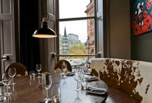 Edinburgh Festival Dining Tips / Festival Fever has gripped Scotland's capital city with the Edinburgh Festival Fringe, Edinburgh International Festival and The Royal Edinburgh Military Tattoo all commencing on 7th August 2015. With so much to see and do across the city for three weeks, you will be working up an appetite. We feel it's only right to show you the best of the best in this handy Fine Dining restaurants in Edinburgh.