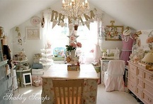 Craft Rooms To EXPLORE / Craft Rooms From Around the World