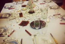 Jolies tables / Les nutritionnistes le disent : cuisiner avec ses enfants et préparer une jolie table, voilà comment votre petit Victor aimera les brocolis, épinards et les soupes du dimanche Nous apprécierons aussi ces belles tables pour des dîners en famille, entre amis, en tête à tête et pourquoi pas, se faire une jolie table rien que pour soit !